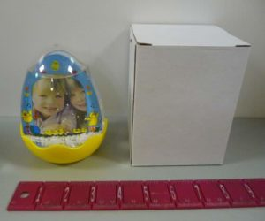 24 Per Case Egg Shaped Water Snow Globe Picture Frame