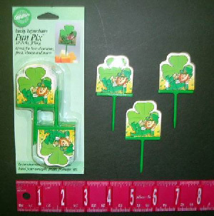 144 Per Case Wilton Lucky Leprechaun St. Patrick's Day Fun Pix