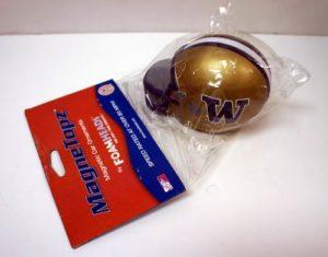NCAA Washington Huskies Foam Helmet Super Magnet